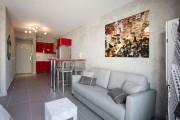 Фото 23 50 идей и советов для дизайна комнаты площадью 18 кв. м