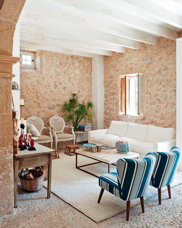 Обилие камня в интерьере явный признак средиземноморского стиля