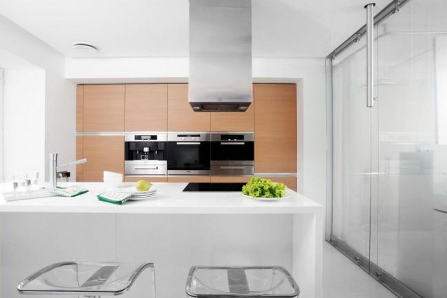 Комфортная кухня в стиле минимализм