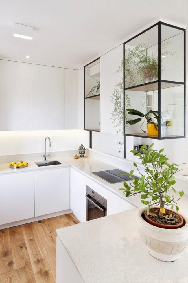 Для маленьких и средних помещений угловая кухня является наиболее практичным вариантом, поскольку позволяет оборудовать кухню не только мойкой и плитой, но и удобной рабочей поверхностью