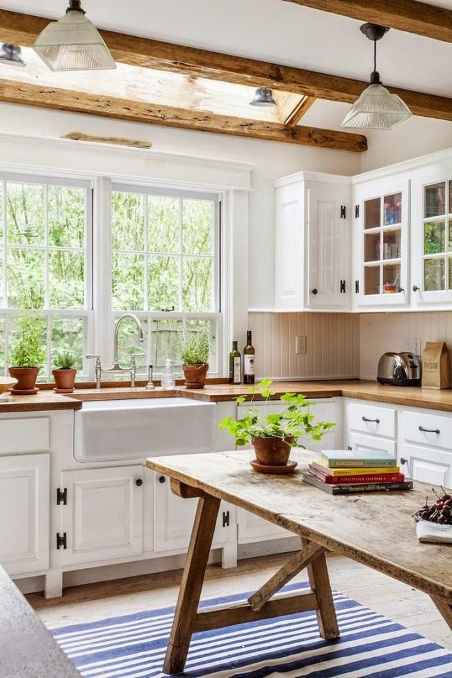 Дачный вариант маленькой угловой кухни