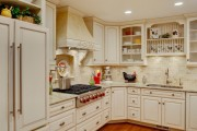 Фото 8 50 идей дизайна угловой кухни: практичное и удобное решение