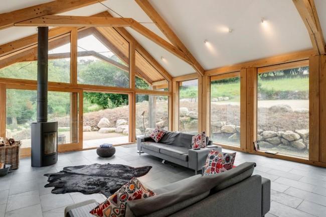 Каминная комната для отдыха и приятного времяпровождения