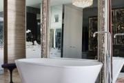 Фото 26 60 идей зеркальной стены в интерьере: расширяем пространство красиво
