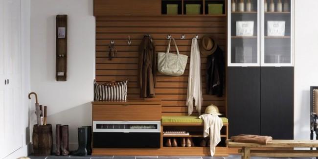Универсальный шкаф-стенка для прихожей, со скамейкой, удобными вешалками и полками