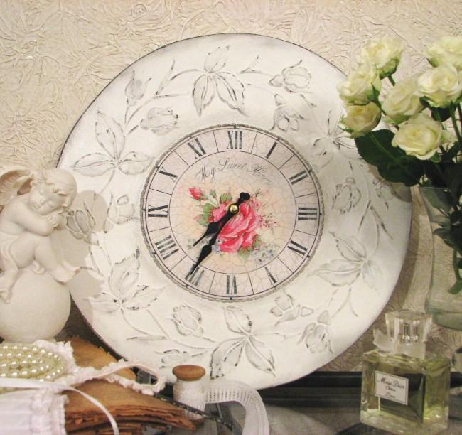 Сделать красивые и по-настоящему уникальные часы для своего дома вам под силу, даже если вы пока не пробовали себя в декупаже