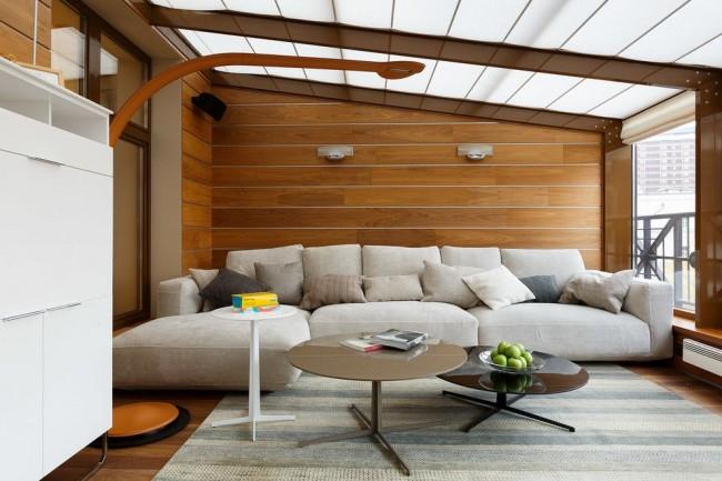 Интерьер застекленного балкона в стиле модерн