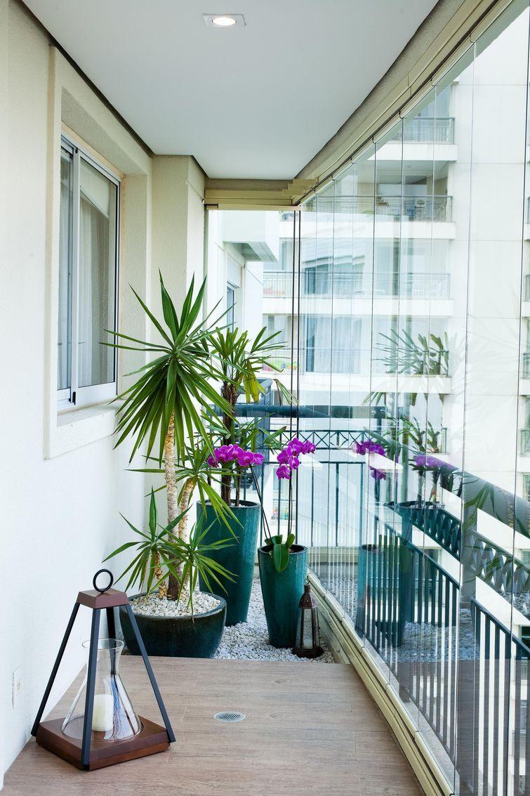 Остекление балконов и лоджий: 120+ фото, виды и цены.