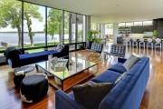 Фото 21 Кофейный столик (60+ фото): сочетаем неординарный дизайн и удобство в современной гостиной
