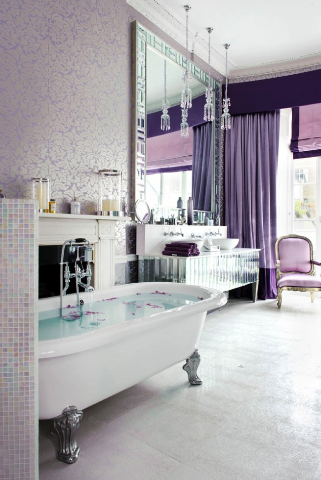 Пурпурный цвет, лепные детали и зеркальные фасады мебели: декадентский дух 20-х