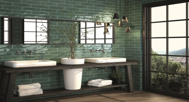 Японский стиль в просторной ванной комнате с большим окном