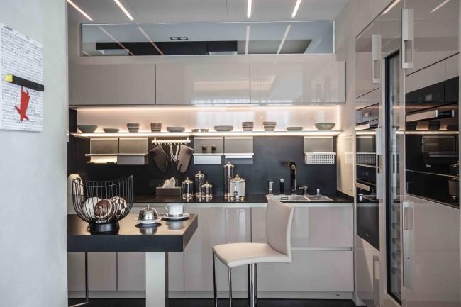 Кухня, частично совмещенная с гостиной