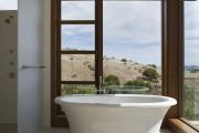 Фото 26 Акриловая ванна: существующие размеры и правила постоянного ухода (120 фото)
