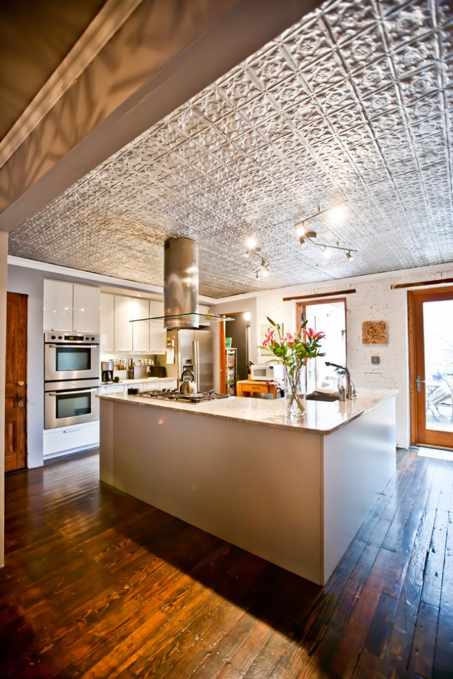 Потолочная плитка – экономный вариант с большими возможностями