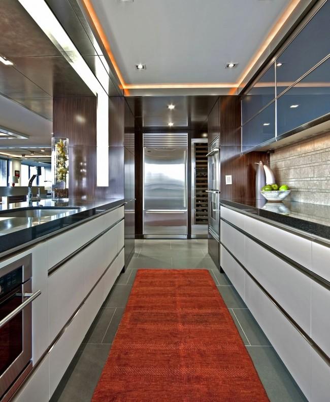 Натяжной потолок – это отличный вариант для кухни