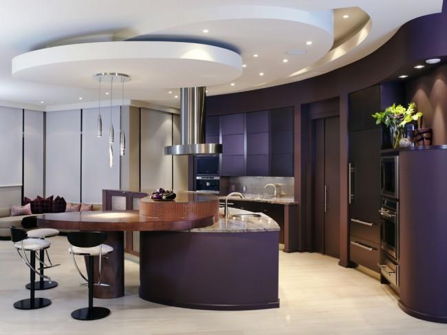Гипсокартонный потолок в интерьере кухни