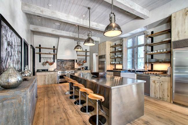 Современный дизайн потолка на кухне: используем натуральное дерево
