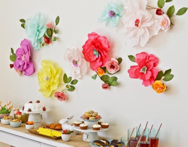 Практически любой праздник можно украсить цветами из бумаги, крафтовой или любой другой цветной