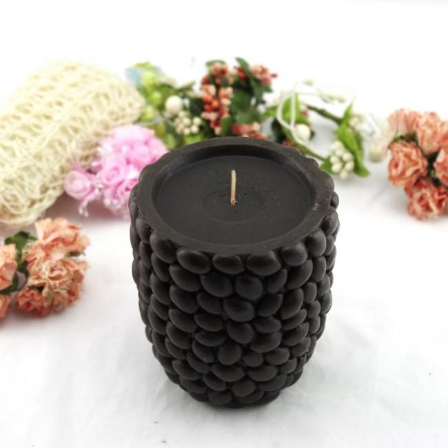 Необычная идея с кофейными зернами и окрашиванием полностью в черный цвет