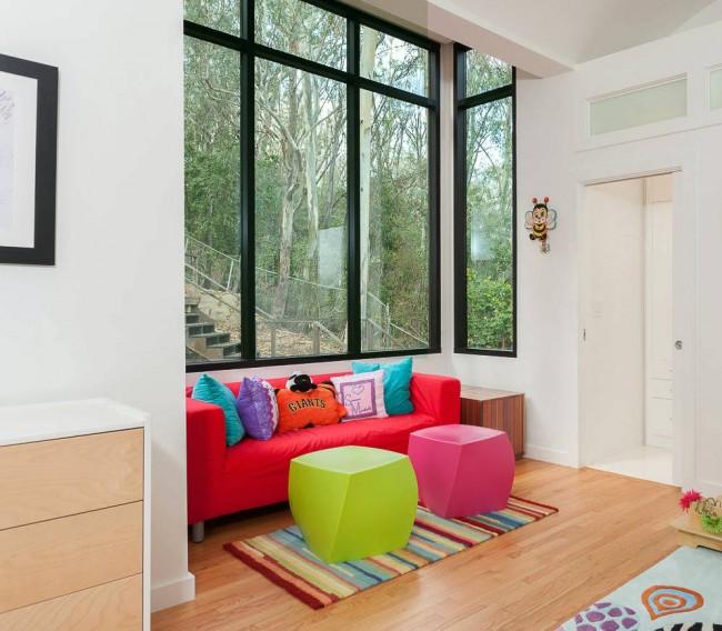Ярко-красный диван для чтения и игр, без возможности трансформации
