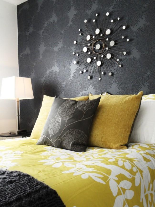 Черные виниловые обои в интерьере спальни