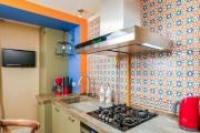 Фото 1 Дизайн кухни 10 кв. метров: как недорого и стильно обустроить маленькую кухню — советы дизайнеров