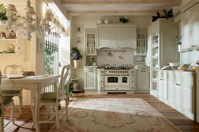 Неровности, трещинки, естественное или искусственное состаривание мебели подчеркнет стиль прованс