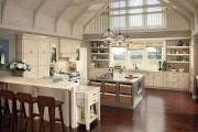 Фото 28 Дизайн кухни в стиле прованс: французский шарм и деревенское очарование (60 фото)