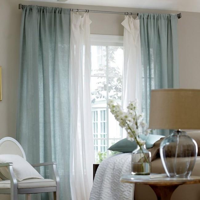 Фисташковые и белые шторы