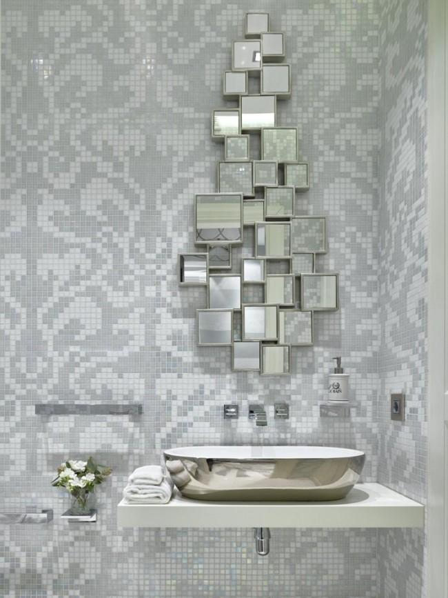 Раковина в углу - один из приемов увеличения пространства в небольшой ванной