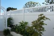 Фото 10 Красивый забор : изюминка для вашей усадьбы, 65 фото идей