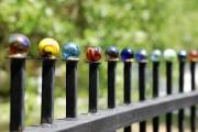 Фото 3 Красивый забор : изюминка для вашей усадьбы, 65 фото идей