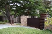 Фото 22 Красивый забор : изюминка для вашей усадьбы, 65 фото идей
