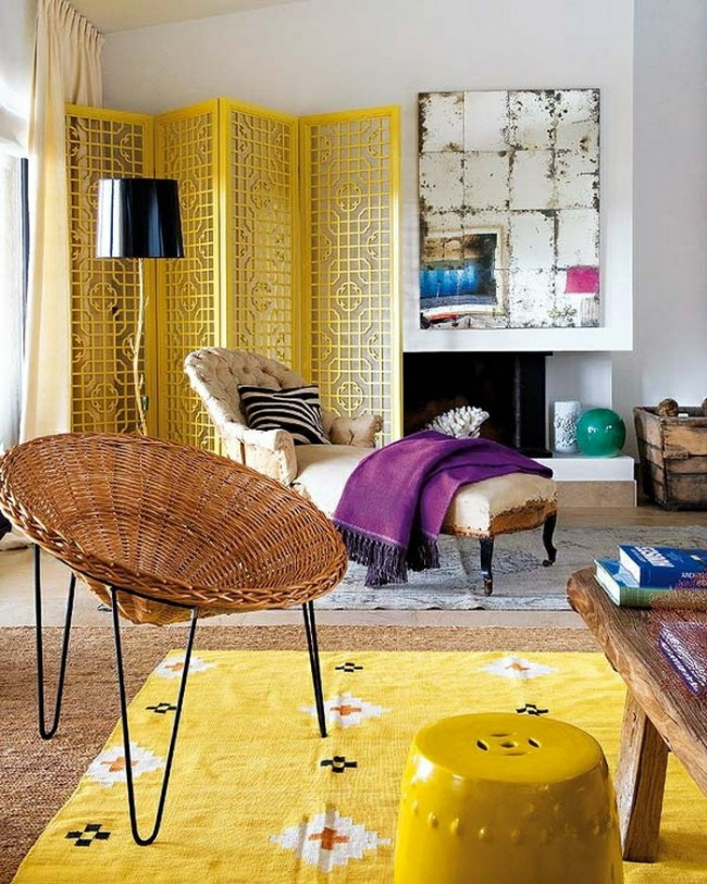 Желтый цвет сделает интерьер ярким и придаст ему свежести