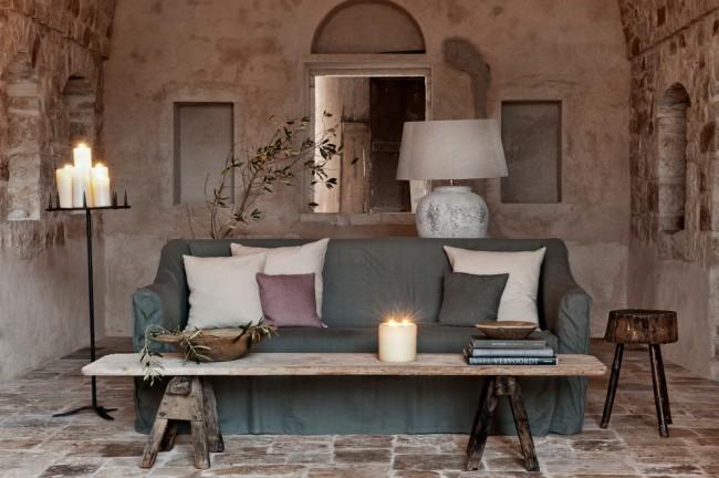 Однотонный чехол для дивана спокойного болотного оттенка