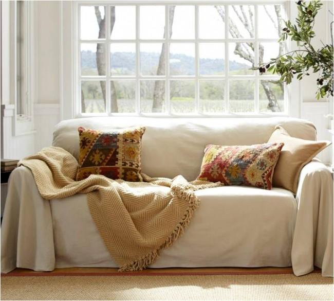Чехол послужит защитой для мебели