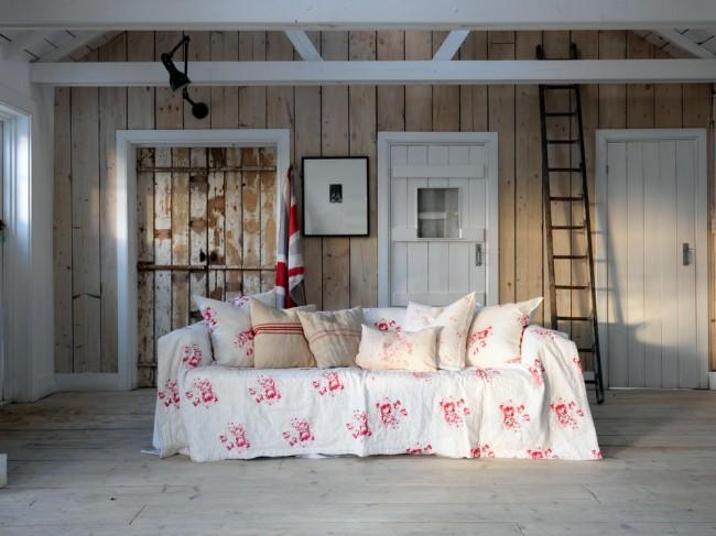 Чехлы на диван (36 фото): эстетично, практично и функционально