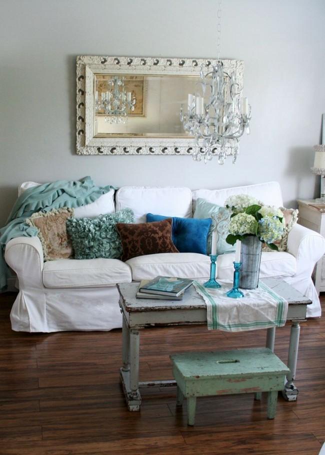 Белый чехол в стиле прованс