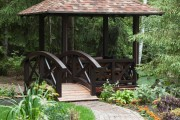 Фото 15 Деревянные беседки (65 фото): уютный уголок релакса на вашей даче