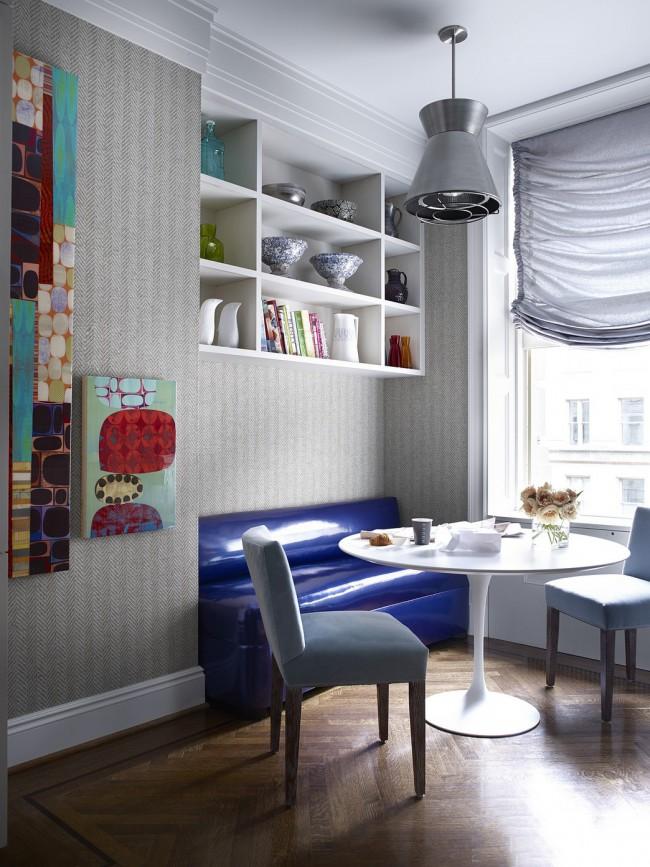 Кухонный диванчик с лаковым покрытием