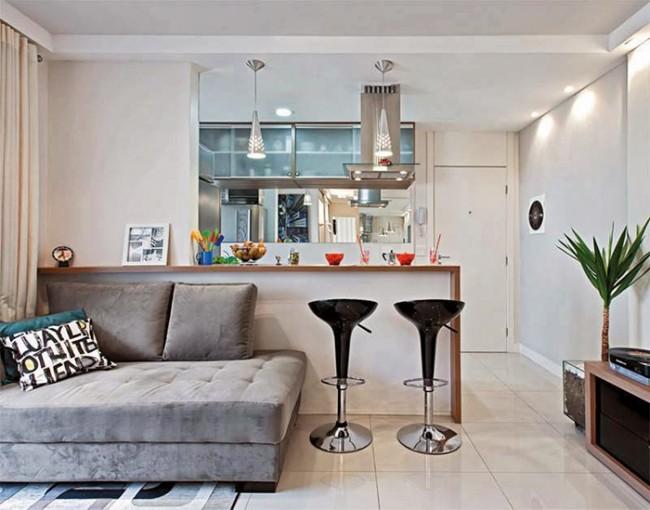 Маленький выдвижной диван для гостей