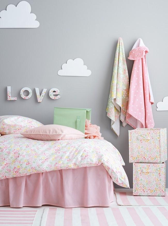 Пастельные тона в комнате для девочек самого нежного возраста