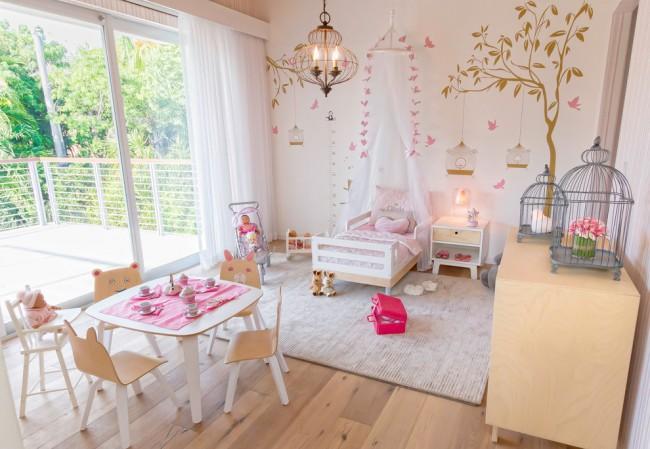 Главное в детской комнате - это простор и много естественного света