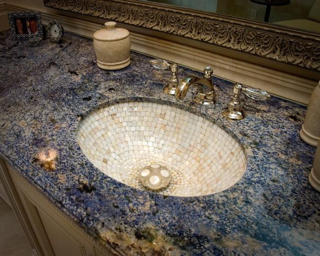 Отделка раковины мозаикой из мрамора