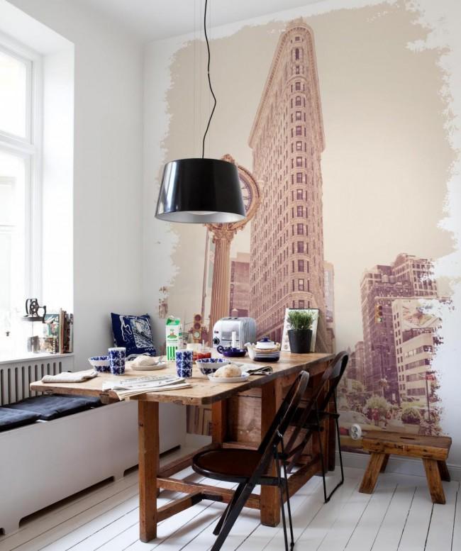 Фотообои помогут создать желаемый акцент на короткой стене. Обратите внимание на находку с виньетированием краев рисунка