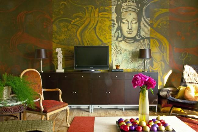 Оттенки специй в настенном мурале на индийскую тематику