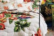 Фото 1 Фотообои в спальне: 115 идей дизайна с невероятными картинами на всю стену
