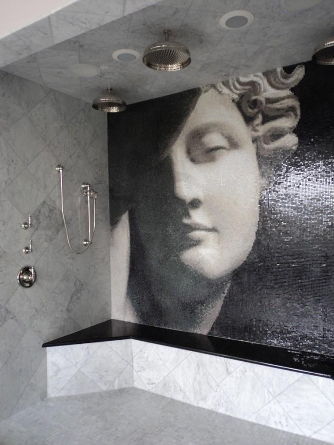 Мозаичное фото на стене