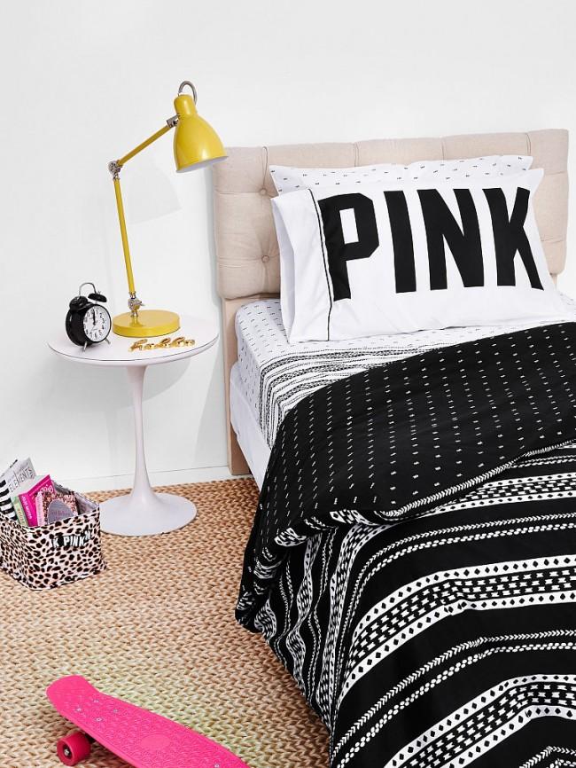 Бунтарская черно-белая расцветка в комнате подростка