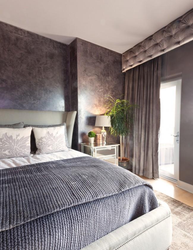 Стильно в современной спальне будут смотреться велюр, квилт и монохромные стеганые одеяла и покрывала